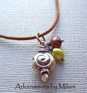 Pupu A O Ewa - Seashell Necklace Green Pearls Leather Brown