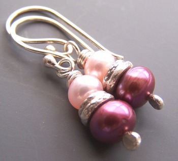 Rouge - Pink Magenta Small Pearl Earrings