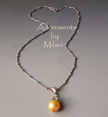 Golden Peach Pearl Necklace Yellow Apricot Brown Beaded Pendant Chain