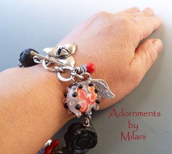 Red Black Bracelet Flower Beaded Lampwork Eclectic Chunky Asian